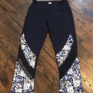 Women's floral workout capris